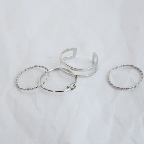Simple rings set